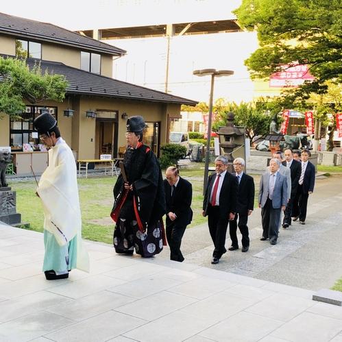 五月十九日 氏子会役員参列のもと五月の小祭を行いました。